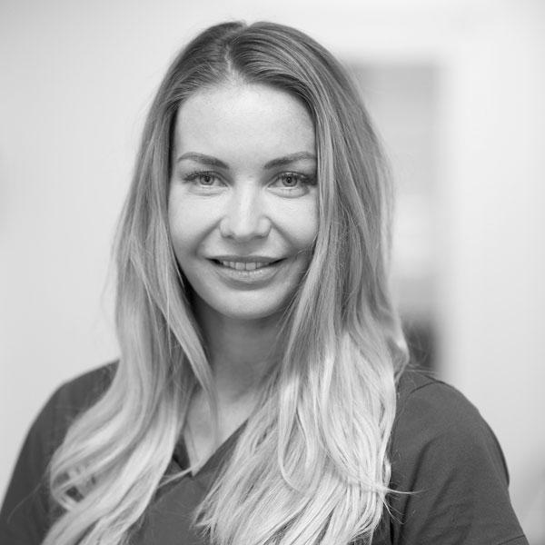 Allmenntannlege Helen Blindheim Svenøy ved Oris Dental Rommen.