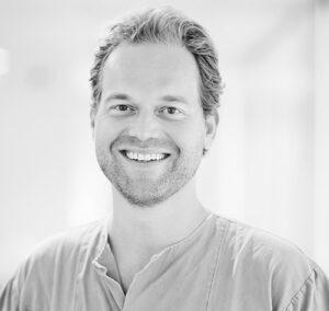 Spesialist i oral kirurgi og oral medisin Hauk Øyri ved Oris Dental