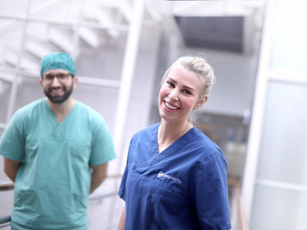 Tannleger ved tannlegevakt i Oslo som tar i mot pasienter med akutt behov for tannlegetime.