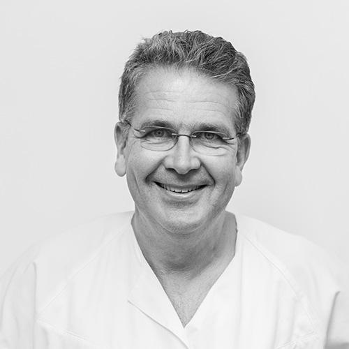 Tannlege og spesialist i protetikk, Paul-Arne Hordvik ved Oris Dental Arken Åsane forteller hvordan man kan bli kvitt snorking med snorkeskinne.