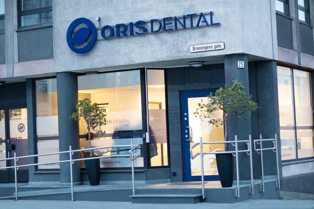 Inngangspartiet til tannklinikken Oris Dental Narvik.