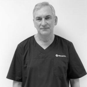 Klinikkoordinator Grant Barnett-Barnato ved Oris Dental Kjeveortopedene i Arken.
